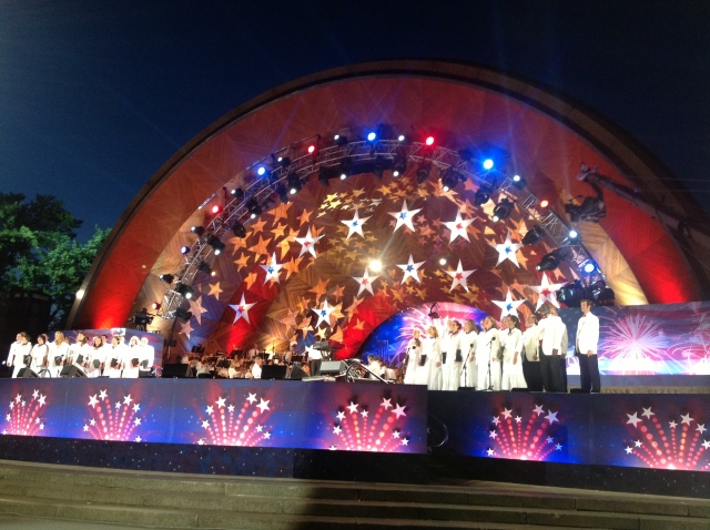 Here's the stage all lit up- complete with the Tanglewood Chorus